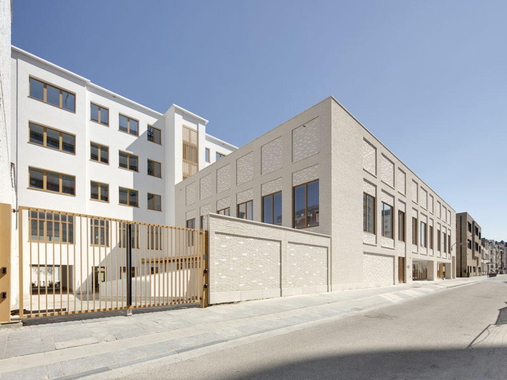 Yavne School